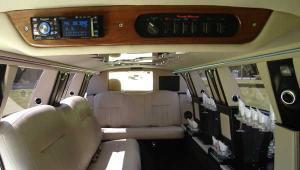 10 Passenger Black Limousine - Interior